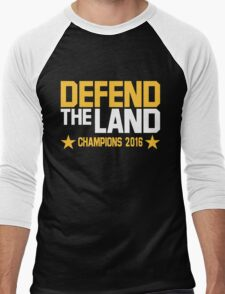 Cleveland Cavaliers CHAMPIONS 2016 DEFEND THE LAND KING JAMES LEBORN Men's Baseball ¾ T-Shirt
