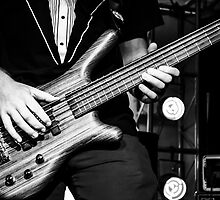 5 Stringed Bass by Kirsty25