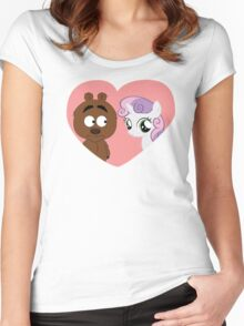Brickleberry - Malloy in love Women's Fitted Scoop T-Shirt
