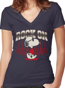 Snoopy Rock Women's Fitted V-Neck T-Shirt