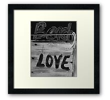 Beach LOVE bw2 Framed Print