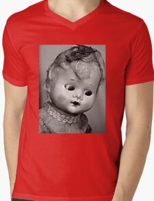 kewpie doll Mens V-Neck T-Shirt
