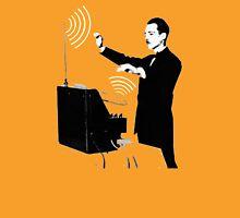 Theremin virtuoso player Unisex T-Shirt