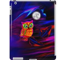 Neon Owl Thunderstorm Flash iPad Case/Skin