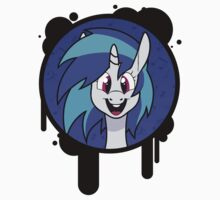 Vinyl Scratch by EnmaDarei