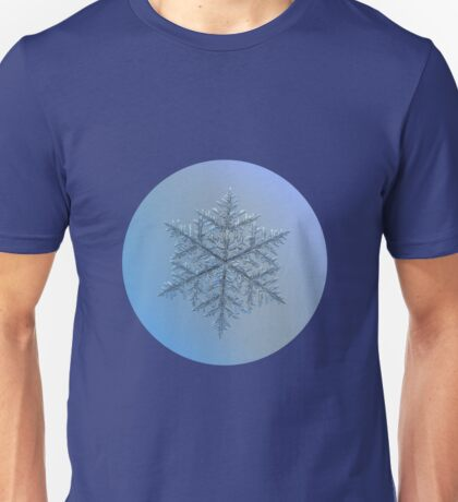 Majestic crystal, real snowflake macro photo Unisex T-Shirt