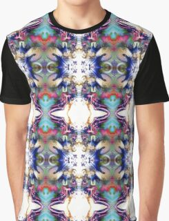Sculpting the Abstract Graphic T-Shirt