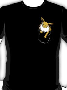 Jolteon in my pocket T-Shirt