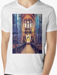 Vienna church Mens V-Neck T-Shirt