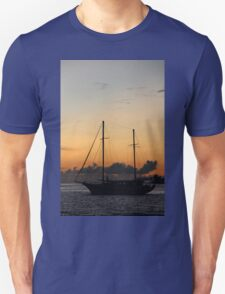 Indian Ocean sunset with yacht Unisex T-Shirt