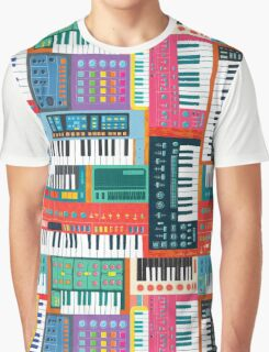 Synthusiast Graphic T-Shirt