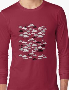Doodle clouds and cats Long Sleeve T-Shirt