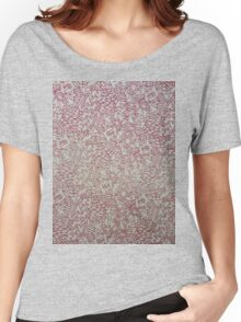 Red aviary  Women's Relaxed Fit T-Shirt