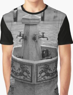 Tapestry Graphic T-Shirt