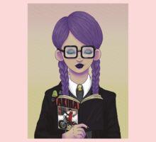 Girls read comics too! Akira One Piece - Short Sleeve