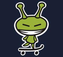 Alien skateboarding Kids Clothes