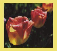 tulips 3 Kids Tee