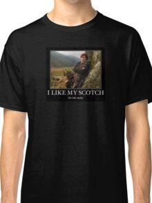 I like my scotch on the rocks - Outlander Classic T-Shirt