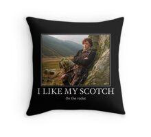 I like my scotch on the rocks - Outlander Throw Pillow