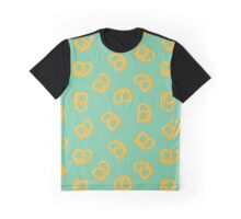 These pretzels are making me thursty Graphic T-Shirt