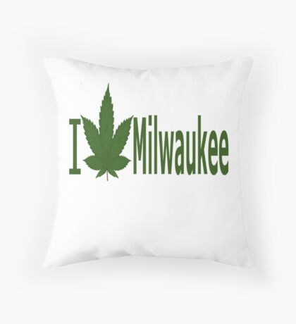 I Love Milwaukee Throw Pillow