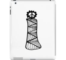 "Hipster Letter ""I"" Zentangle iPad Case/Skin"