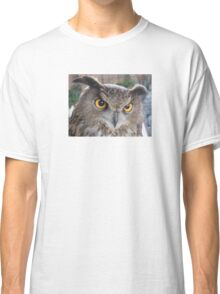 Great horned owl Classic T-Shirt