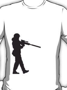 Soldier with machine gun T-Shirt