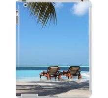 Komandoo Infinity Pool iPad Case/Skin