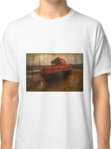 Lonely boat Classic T-Shirt