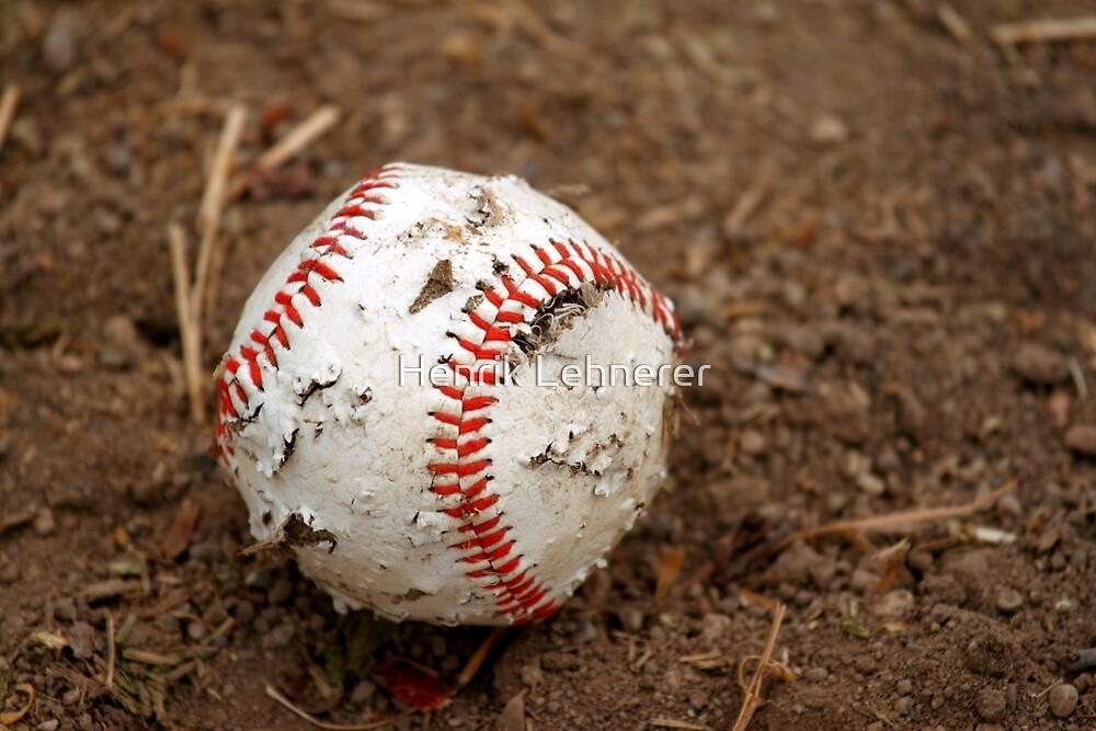 old baseball by Henrik Lehnerer
