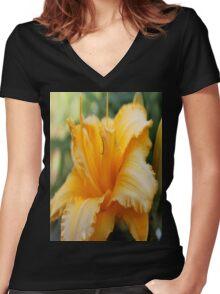 Golden Flower Women's Fitted V-Neck T-Shirt