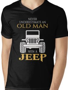 Never underestimate an old man with a jeep tshirt Mens V-Neck T-Shirt