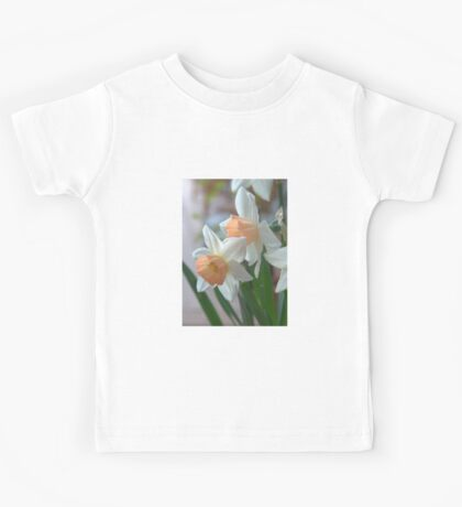 Delicate Daffodils  Kids Tee