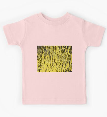 Old tree in yellow, pattern Kids Tee