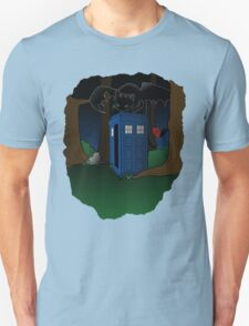 Toothless and The Tardis T-Shirt