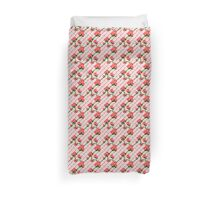Pink Rose Climbing Chain Link Fence Seamless Pattern Duvet Cover