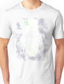 HATBOX GHOST WITH GRUNGY HAUNTED MANSION WALLPAPER Unisex T-Shirt