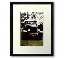 Leyland Beaver Classic Vehicle: Darwin TJ 3664 Framed Print