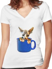 Cute kitty Women's Fitted V-Neck T-Shirt