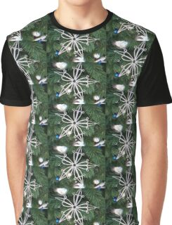 Pointed Snowflake Graphic T-Shirt