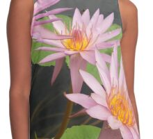 Can-can pink petals water lilies – 2 Contrast Tank