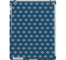 simple seamless knitting blue flower pattern iPad Case/Skin