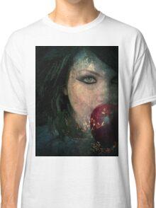 BEWARE THE POISON APPLE Classic T-Shirt