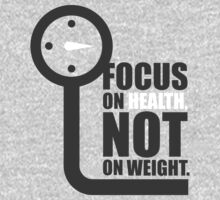 Focus on health not on weight - Gym Motivational Quote One Piece - Long Sleeve