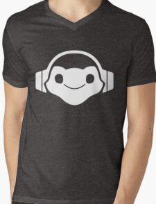 Lucio music Mens V-Neck T-Shirt