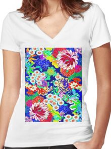 """COLORFUL ABSTRACT FLOWER"" Art Print Women's Fitted V-Neck T-Shirt"