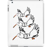 Vogel fliegen lustig formation  iPad Case/Skin