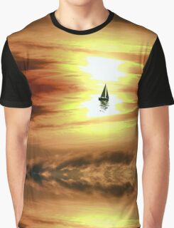 GOLDEN SUNSET, by E. Giupponi Graphic T-Shirt