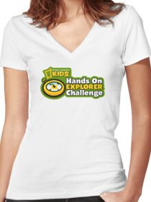 national geographic kids Women's Fitted V-Neck T-Shirt